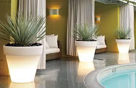 bordato illuminated planter design within reach