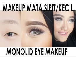 tutorial make up mata sipit ala korea anda akan kaget gadis ini mu merubah wajahnya hanya dengan make