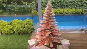 pallet christmas tree how to make a scandinavian inspired wooden christmas tree