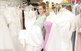 sell wedding dress uk bargain brides flock to charity shop selling mystery