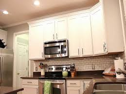 pictures of kitchen cabinets with hardware where to put knobs and handles on kitchen cabinets cabinet knob