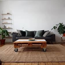 Tisch Im Wohnzimmer Solebich De Es Sich Einfach Im Wohnzimmer Gemütlich Facebook