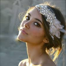hair accesories how to choose a wedding hair accessory bridalguide