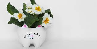 Cute Flower Pots by Diy Kitty Cat Planter From A Plastic Bottle