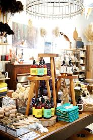 25 unique gift shop displays ideas on shop displays