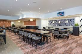 kendall college dining room doubletree by hilton grand rapids airport
