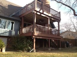 beginer easy landscaping ideas under second story deck house