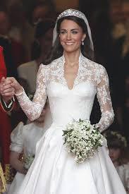 kate middleton wedding dress h m selling kate middleton s wedding dress for 300 vogue australia