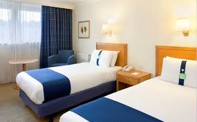 Family Hotel Rooms In Hemel Hempstead Holiday Inn Hotel - Holiday inn family room
