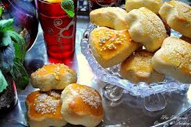 cuisine alg駻ienne gateaux recettes gâteaux algeriens secs économiques et facile à préparer pour l aid
