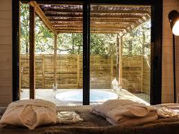 chambre dhotes arcachon lhaute en couleur cabanes spas chambres dhtes chambre d hote bassin