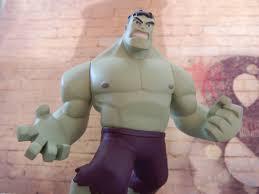 gambar manusia orang pria hijau pakaian mainan berotot otot