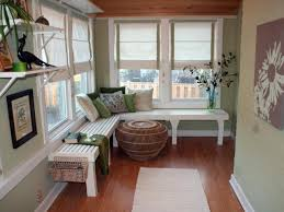 Sunroom Dining Room Ideas To Make A Room Appear To Be Bigger Than It Is Paint It The Same