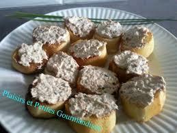 canap au fromage canapés aux rillettes de thon au fromage frais et au basilic