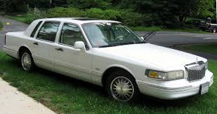 100 reviews 2004 lincoln town car specs on margojoyo com