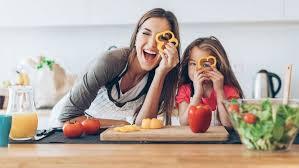 cuisiner avec des enfants 10 recettes pour cuisiner avec ses enfants magicmaman com