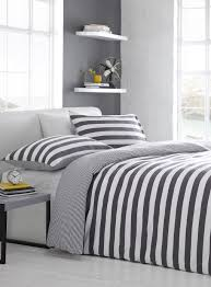 bedroom black and white striped bedding medium linoleum table