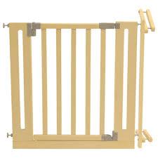 kinderschutzgitter treppe treppenschutzgitter aus holz treppenschutzgitter real