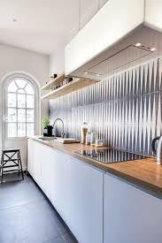 cuisine en i cuisine crédence en carreaux de ciment decoration kitchens