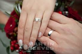 muslim wedding ring wearing wedding rings martin neeves photographer