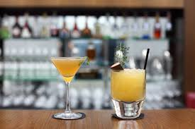 your guide to the most popular bar drinks