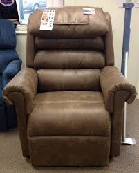 Electric Recliner Lift Chair 9 Best Electric Reclining Lift Chairs By Golden Technologies