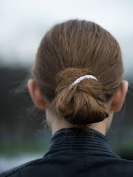 simple hairstyles with one elastic try these tomorrow 17 hairstyle updates you can do in 60 seconds