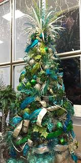 Christmas Decorations In Blue And Brown by Best 25 Teal Christmas Tree Ideas On Pinterest Teal Christmas