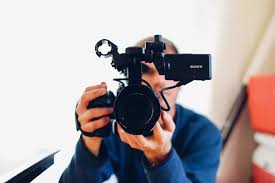 photographer and videographer i m a photographer who wants to learn videography the right way