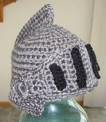 crochet pattern knight helmet free sir knight helmet 1 free pattern crochet pinterest helmets