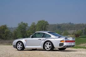 porsche 959 rally ferrari f40 u0026 porsche 959 rekindle rivalry on the auction block