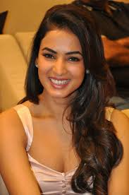 sonal chauhan beauty pinterest actresses