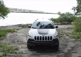 jeep trailhawk 2014 2014 jeep cherokee trailhawk u2013 get there and do stuff u2013 aaron on autos