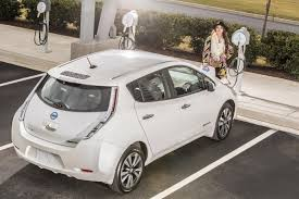 nissan leaf consumer reports 2015 nissan leaf gets three times cheaper during black friday in