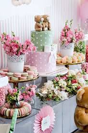 Table Centerpieces For Party by The 25 Best Sweet Table Decorations Ideas On Pinterest Sweet