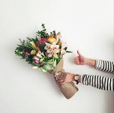bouquet delivery s day flowers 15 best bouquets to order online gardenista