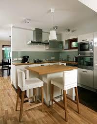 cuisine blanc et armoires de cuisine blanches avec quels murs et crédence gris