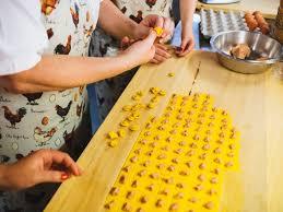 cours de cuisine bretagne cours de cuisine en voyage la à la pâte foods