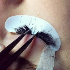 Professional Eyelash Extension Eyelash Extensions Tips Popsugar Beauty