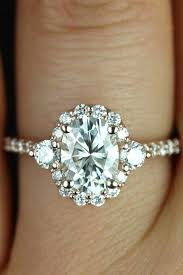 circle wedding rings best 25 different engagement rings ideas on