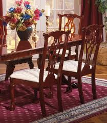 finish traditional dining room w pedestal table