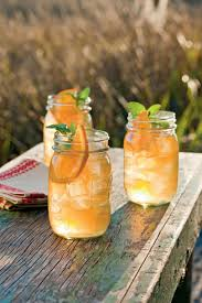 Who Drinks Southern Comfort 21 Southern Bourbon Cocktails Southern Living