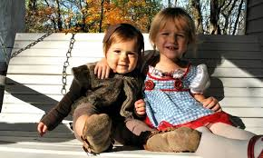 Dorothy Toto Halloween Costume Coordinated Halloween Costumes Siblings Age Gap