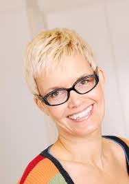 short hair styles that lift face pictures of hair styles for middle aged women lovetoknow