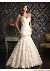 robe sirene mariage comment porter la robe sirène robe de mariée a vos noces