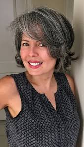 hairstyles for turning grey silver fox hair styles for medium texture wavy hair silver hair