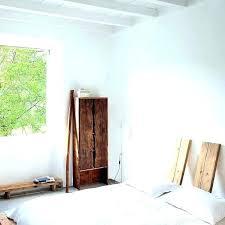 meuble chambre mansard meuble pour mansardee faut il laisser la pente d une chambre