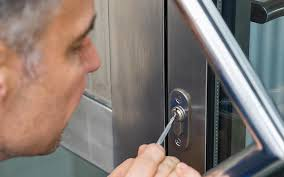 comment ouvrir une serrure de porte de chambre comment ouvrir une porte de chambre sans clé ankers marseille tel