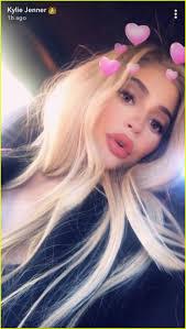 Coloring Hair While Pregnant Pregnant Sisters Khloe Kardashian U0026 Kylie Jenner Snap New Selfies