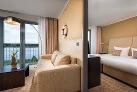 Schlafzimmer Einrichten Wie Im Hotel Zimmer Und Suiten The Rilano Hotel Hamburg An Der Elbe